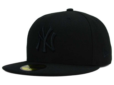 New York Yankees MLB Black on Black Fashion 59FIFTY Cap Hats