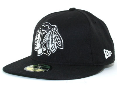 Chicago Blackhawks NHL Black and White 59FIFTY Cap Hats