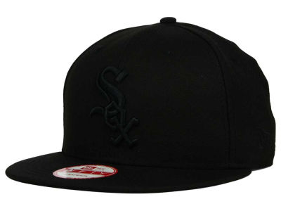 Chicago White Sox MLB Black on Black 9FIFTY Snapback Cap Hats