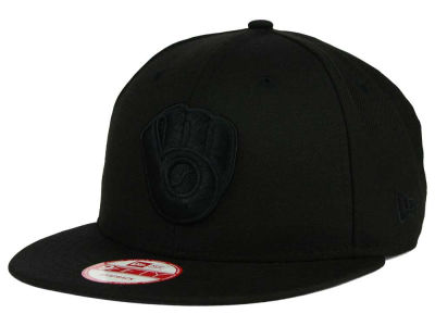 Milwaukee Brewers MLB Black on Black 9FIFTY Snapback Cap Hats
