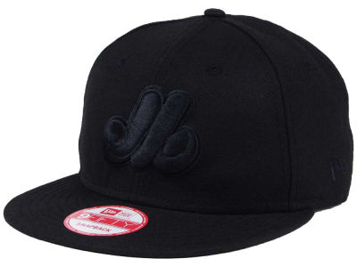 Montreal Expos MLB Black on Black 9FIFTY Snapback Cap Hats