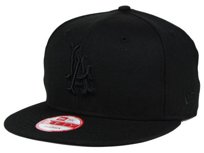 Los Angeles Angels MLB Black on Black 9FIFTY Snapback Cap Hats