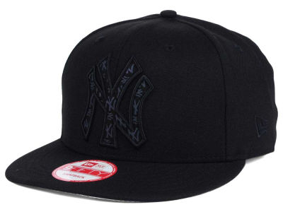 New York Yankees MLB XL Iridescent Logo 9FIFTY Snapback Cap Hats