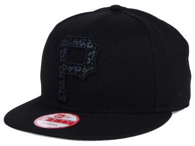 Pittsburgh Pirates MLB XL Iridescent Logo 9FIFTY Snapback Cap Hats