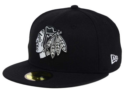 Chicago Blackhawks NHL Black Dub 59FIFTY Cap Hats