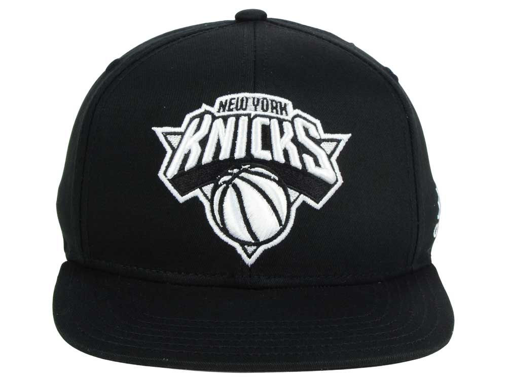 best New York Knicks Outerstuff NBA Kids Black and White Snapback ... 111c2cdbcf6