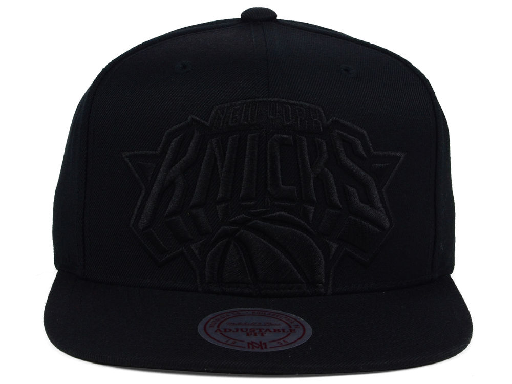 76865f83f09 New York Knicks Mitchell and Ness NBA Cropped XL Logo Snapback Cap 50%OFF