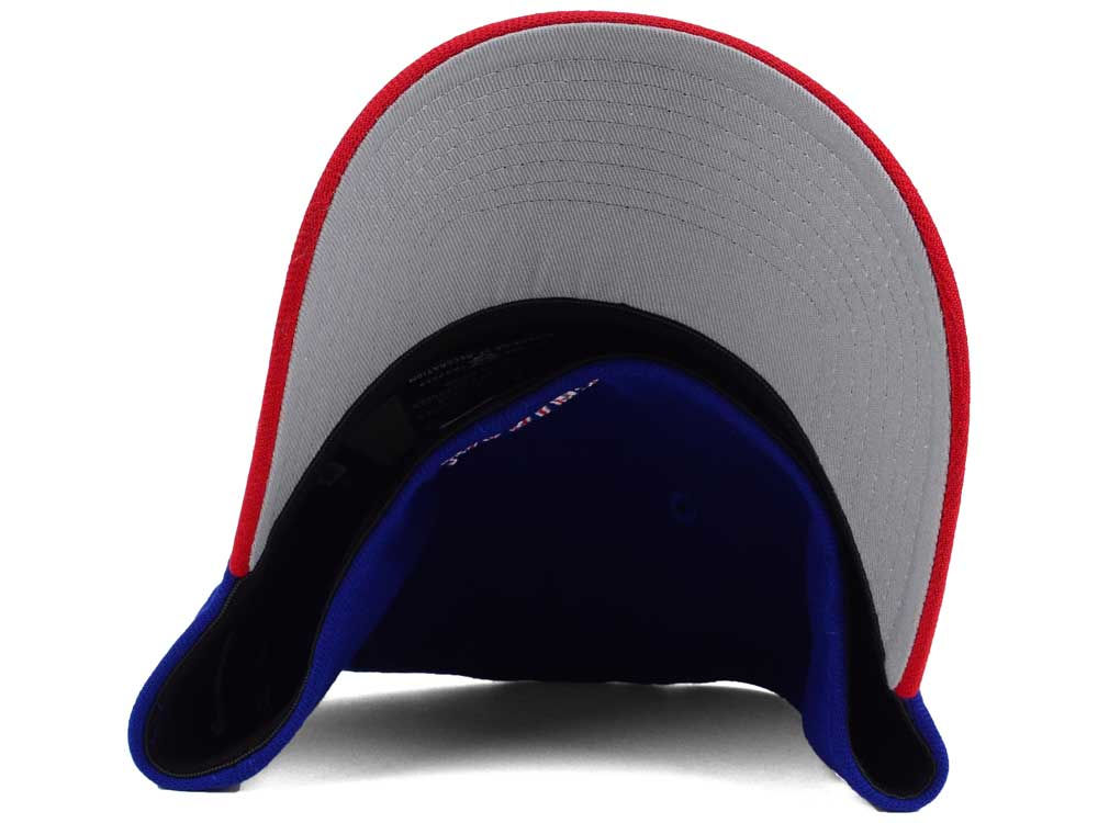 5c0060f7b8c Chicago Cubs New Era MLB World Series W Trophy 39THIRTY Cap durable modeling  ·