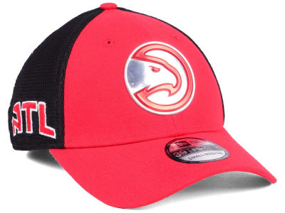 Atlanta Hawks 2017 NBA On Court 39THIRTY Cap Hats