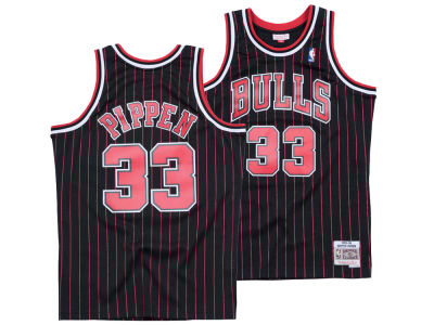 53f12a39a Chicago Bulls Scottie Pippen Mitchell   Ness NBA Men s Hardwood Classic  Swingman Jersey