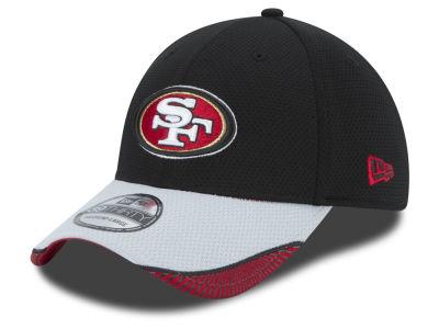 Women's 2015 Salute to Service San Francisco 49ers New Era Scarlet Knit