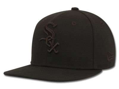 Chicago White Sox New Era MLB Black on Black 59FIFTY Cap