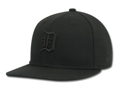 Detroit Tigers New Era MLB Black on Black 59FIFTY Cap