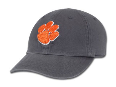 Clemson Tigers '47 NCAA Kids Clean Up