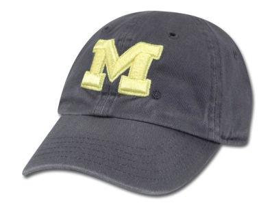 Michigan Wolverines '47 NCAA Kids Clean Up