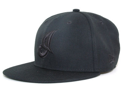 Cleveland Indians New Era MLB Black on Black 59FIFTY Cap