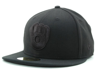 Milwaukee Brewers New Era MLB Black on Black 59FIFTY Cap