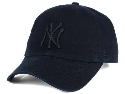 New York Yankees '47 MLB Black on Black CLEAN UP Cap