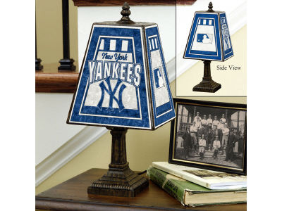 New York Yankees Art Glass Table Lamp