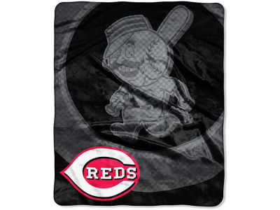 Cincinnati Reds 50x60in Plush Throw Retro