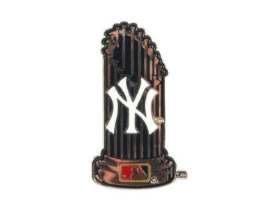 New York Yankees Trophy Pin