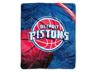 Detroit Pistons 50x60in Plush Throw Blanket