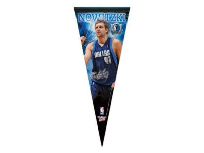 Dallas Mavericks Dirk Nowitzki 12x30 Premium Player Pennant