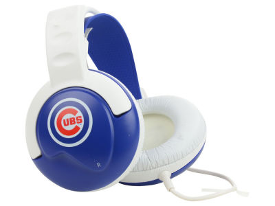 Chicago Cubs Fan Jams DJ Headphones