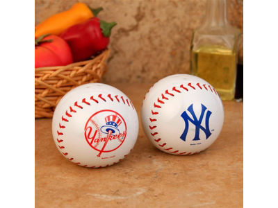 New York Yankees Baseball Salt & Pepper Shakers