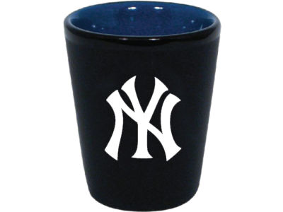 New York Yankees 2 Tone Ceramic Collectors Glass