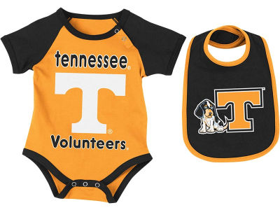 Tennessee Volunteers NCAA Newborn Junior Creeper/Bib Set