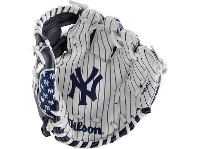 New York Yankees Tee Ball Glove