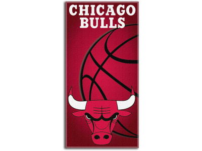 Chicago Bulls Beach Towel Emblem