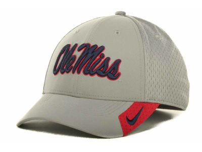 Ole Miss Rebels Nike NCAA Grayout Mesh Swooshflex Cap