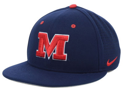 Ole Miss Rebels Nike NCAA Authentic Vapor Fitted Cap