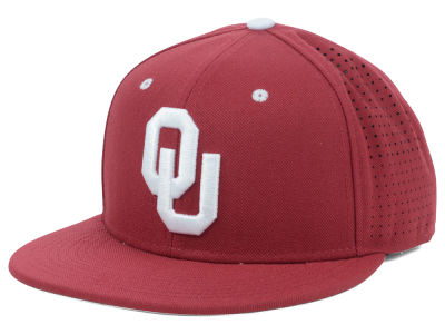 Oklahoma Sooners Nike NCAA Authentic Vapor Fitted Cap