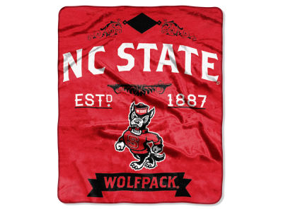 North Carolina State Wolfpack 50x60in Plush Throw Team Spirit