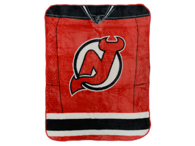 New Jersey Devils 50x60in Plush Throw Jersey