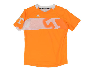 Tennessee Volunteers NCAA Youth Player Crew