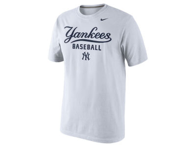 New York Yankees Nike MLB Men's Practice T-Shirt