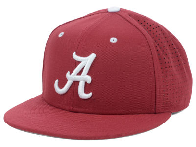 Alabama Crimson Tide Nike NCAA Authentic Vapor Fitted Cap