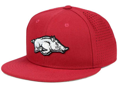Arkansas Razorbacks Nike NCAA Authentic Vapor Fitted Cap