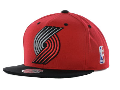 Portland Trail Blazers Mitchell and Ness NBA Under Over Snapback Cap