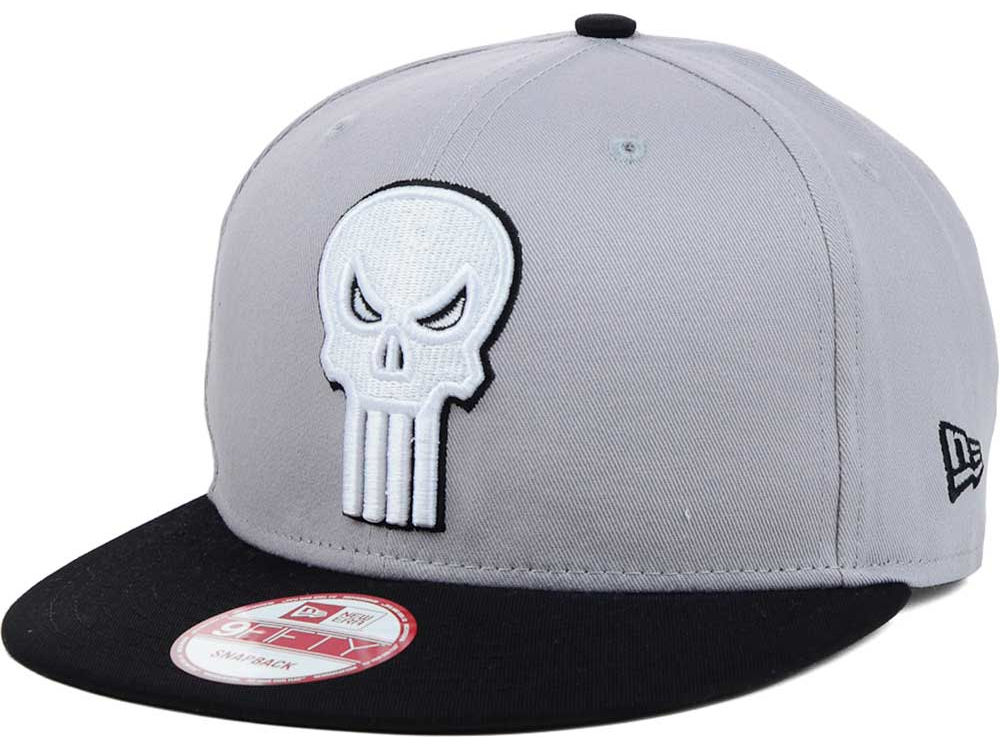 Punisher New Era Side Badge 9FIFTY Snapback Cap  6c4d15bce77