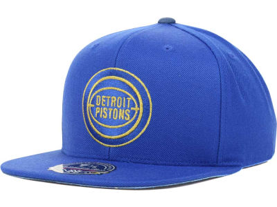 Detroit Pistons Mitchell and Ness NBA TC Metallic Fitted Cap