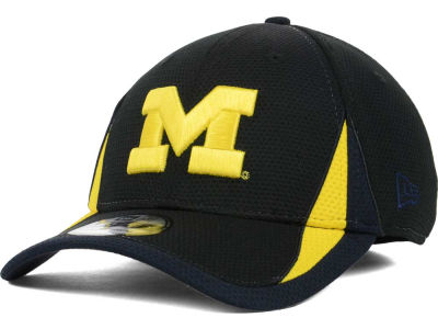 Michigan Wolverines New Era NCAA Training Classic 2 39THIRTY Cap