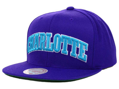 Charlotte Hornets Mitchell and Ness NBA Solid Snapback Cap