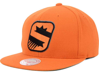 Phoenix Suns Mitchell and Ness NBA Solid Snapback Cap