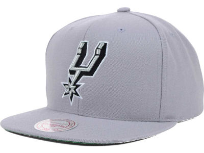 San Antonio Spurs Mitchell and Ness NBA Solid Snapback Cap