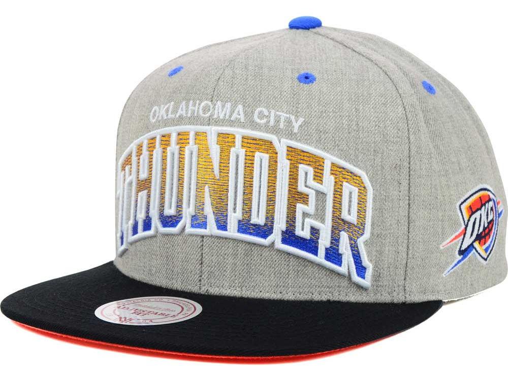 huge discount fb2e6 328ef Oklahoma City Thunder Mitchell   Ness NBA Heather Gradient Snapback Cap    lids.com